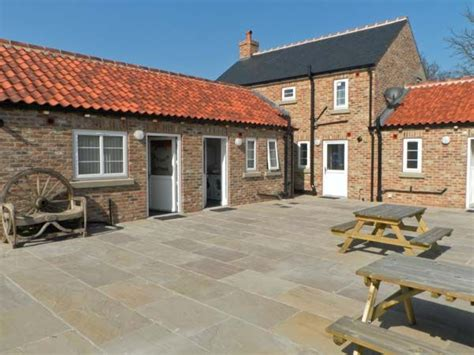 Sea View Friendly Cottages by Sea View Cottage Barmston York Moors And Coast