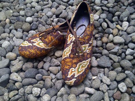 Unik Sandal sepatu sandal batik tisya batik