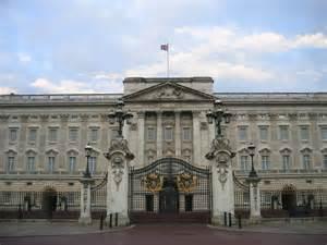 bukingham palace the buckingham palace most visited spot london world for travel