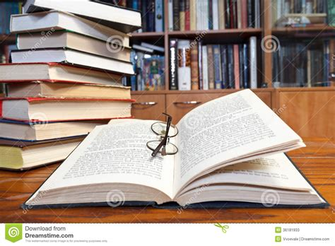 book a table open books on wooden table stock photos image 36181933