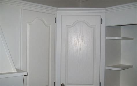 how to paint oak cabinets white without grain showing how to refinish oak cabinet doors cabinet refinishing