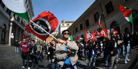 casa pound italia italie casapound ces fascistes qui vous veulent du 171 bien 187
