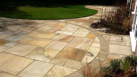 designer patio garden design burghfield berkshire patio small water