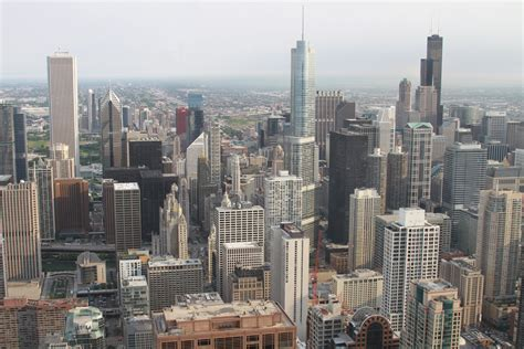 what is on a chicago file chicago aerial view jpg