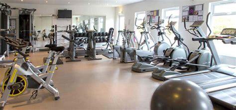 gym pictures gym with pool near newquay cornwall sands resort hotel