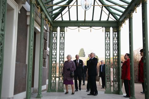 royalty kate and william s kensington palace home in william and kate the queen reopens kensington palace
