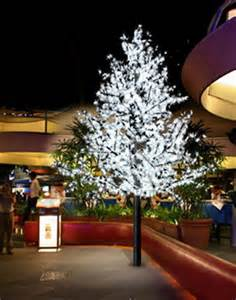 Led Landscape Tree Lights Triyae Led Lights For Outdoor Trees Various Design Inspiration For Backyard