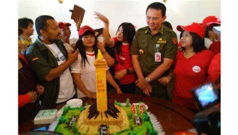 ahok ulang tahun ulang tahun ke 49 ahok didoakan jadi gubernur lagi