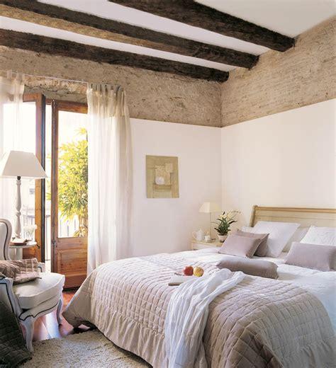 decorar dormitorio viejo vigas decorativas c 243 mo integrarlas en la decoraci 243 n