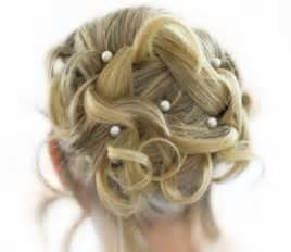 hochsteckfrisurenen kurze haare konfirmation hochsteckfrisuren f 252 r kurze haare zum selbermachen