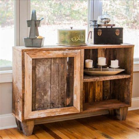 mobili con pedane di legno oltre 25 fantastiche idee su mobili con pallet su