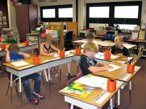 high school classroom organization arranging the desks best 25 desk arrangements ideas on pinterest classroom