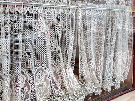 what does drapes mean closet walk in decor difference between lace curtain irish