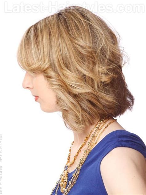 bobs witj feather side bands 20 flattering hairstyles for long faces