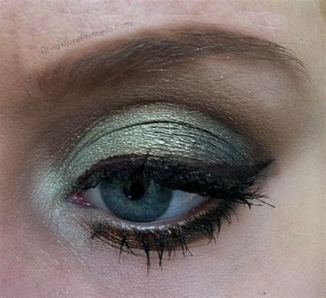 wet n wild comfort zone tutorial beauty on a budget wet n wild quot comfort zone quot eyeshadow
