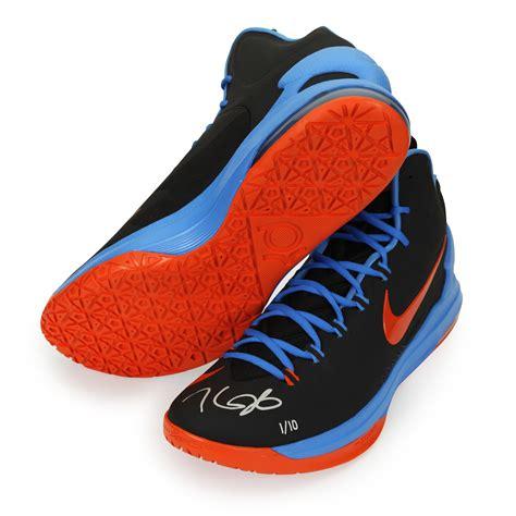 kevin durant autographed zoom v black orange shoes