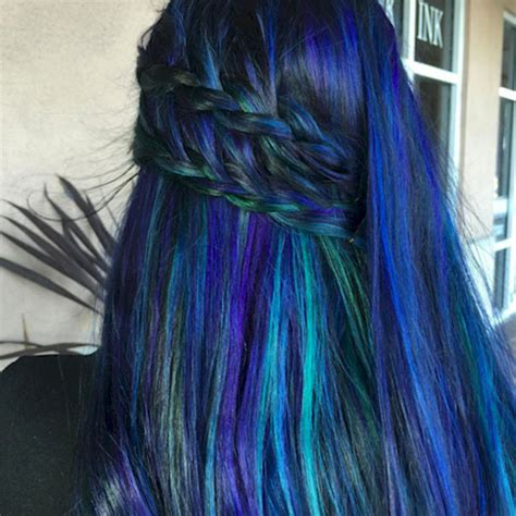 Gamis Peacock Blue are dyeing their hair with bright colors to look