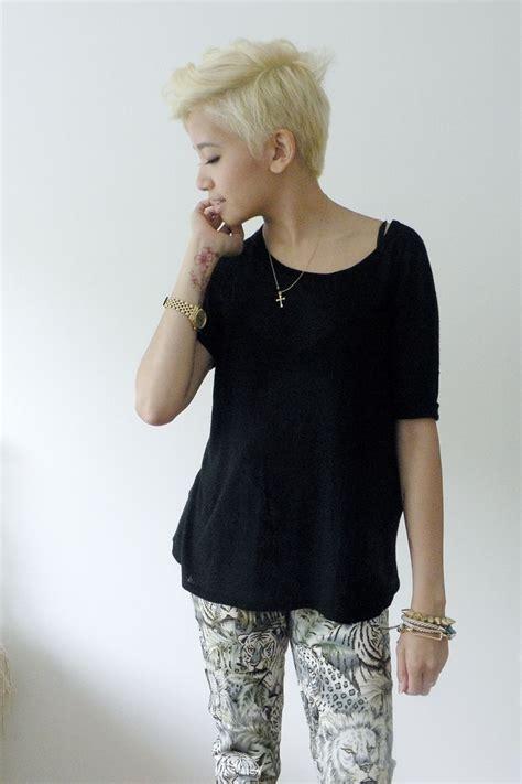 Filipina Pixie | filipina rockin a blonde pixie cut hair ideas
