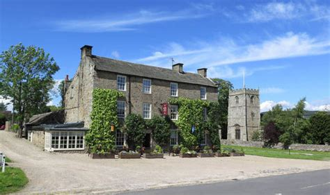 sawdays inns with rooms toby sawday choses his favourite pubs with restaurants and rooms travel news travel