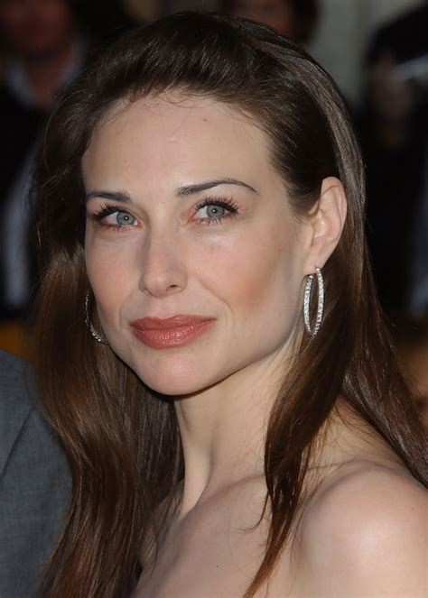 claire forlani street style claire forlani diamond hoops diamond hoops lookbook