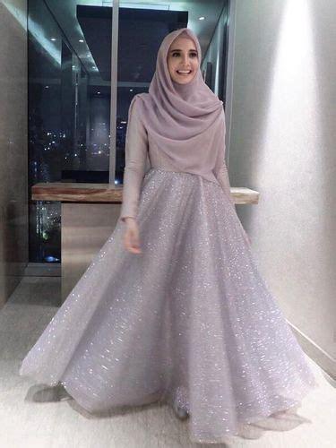Model Gamis Pesta Zaskia Sungkar inspirasi baju bridesmaid ala zaskia sungkar dan