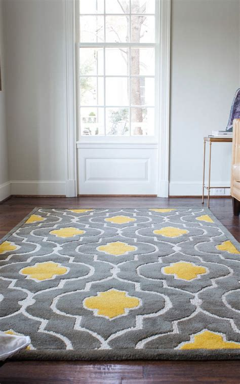 how to pick an area rug how to choose the right type of area rug or carpet