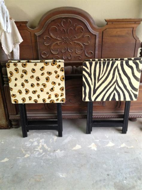 decorative tv tray tables 1000 images about vintage metal tv trays on