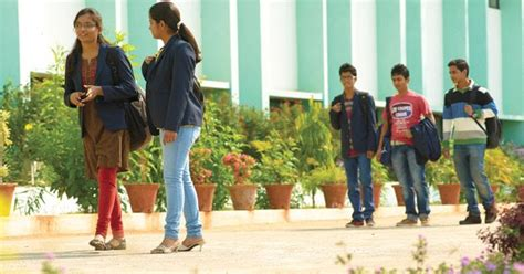 Mba Colleges In Kukatpally Hyderabad by A2zexamnotifications Top 10 Engineering Mca Mba Colleges