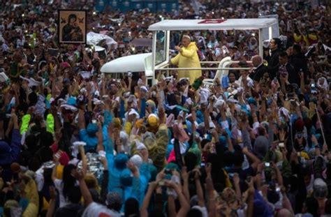 Harley Davidson Toaster Besuch Auf Den Philippinen Papst Feiert Weltrekord Messe