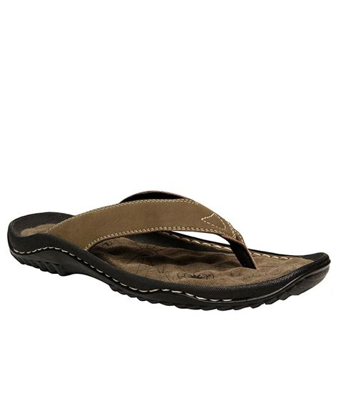 walk slippers weinbrenner walk slippers price in india buy weinbrenner