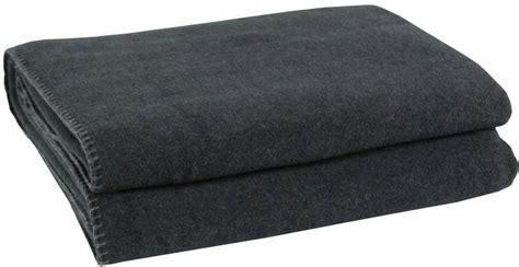 zoeppritz soft fleece decke 160x200 zoeppritz soft fleece blanket in anthracite interismo uk