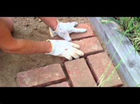 How To Lay Brick Patio How To Lay Bricks Youtube