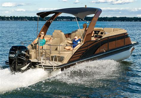 bennington pontoon boat prices q series luxury pontoon boats by bennington
