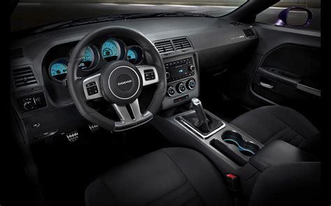 2014 challenger interior 2014 dodge challenger srt interior 1 2560x1600