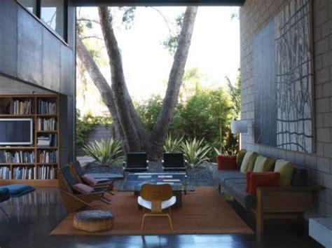 Inside Outside Living Room by Garden Inspirations An Inside Outside Venice House