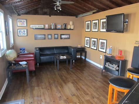 Home Garage Ideas by Ultimate Man Cave For The Ultimate Cigar Party The