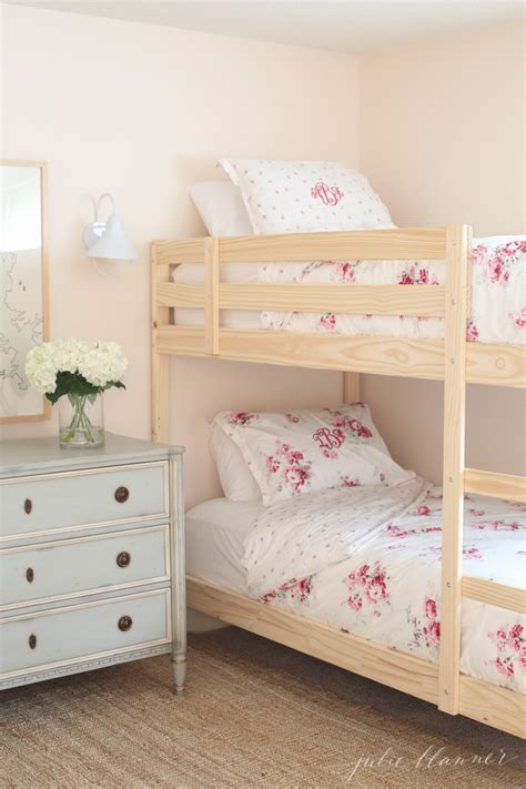 pretty beds pretty pastel bunk bed room decorating ideas