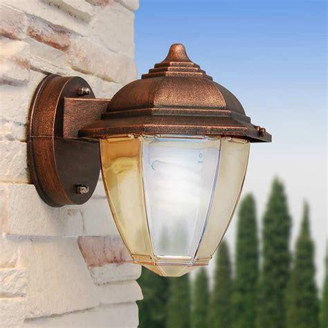 illuminazione esterna a parete mini applique con vetro ambra illuminazione esterno