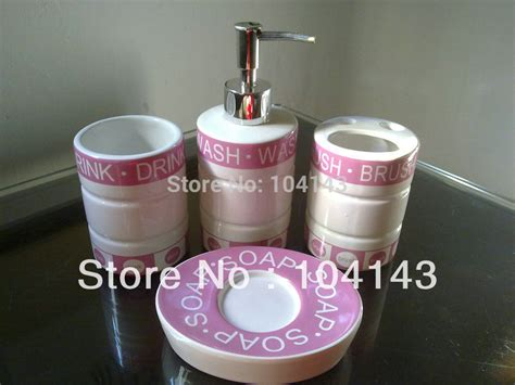 Hot Sale Pink White Deck Mount Bath 4 Pieces Ceramic Pink And White Bathroom Accessories