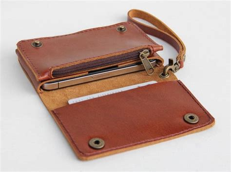 Handmade Leather Iphone Wallet - the handmade leather wallet for iphone 4 and other