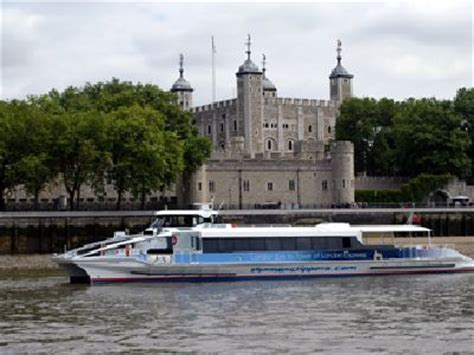 clipper boat london new boat service links london eye with tower of london 29