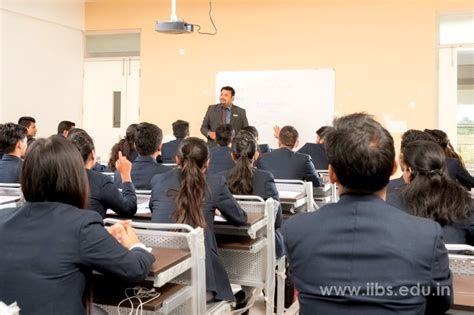 Best Mba Colleges For Working Professionals by Mba Entrance Exams Preparation Tips For Working Professionals