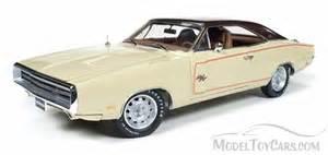 1970 dodge charger beige auto world ertl amm1036 1 18