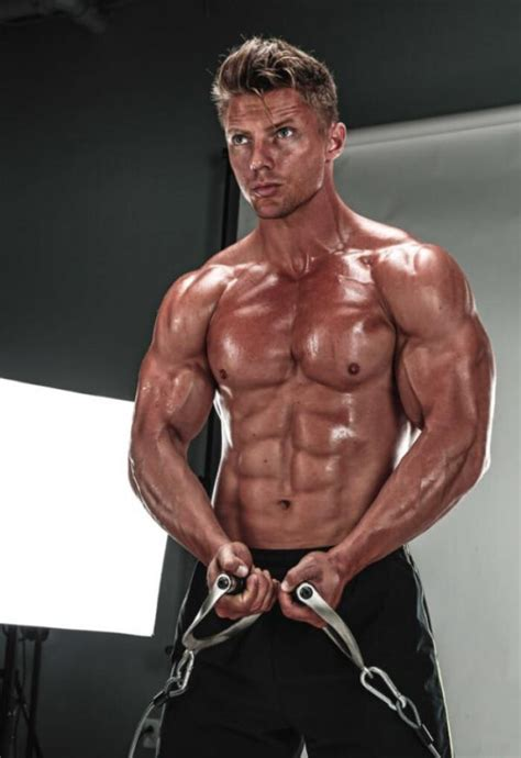 steve cook      toronto pro supershow muscle insider
