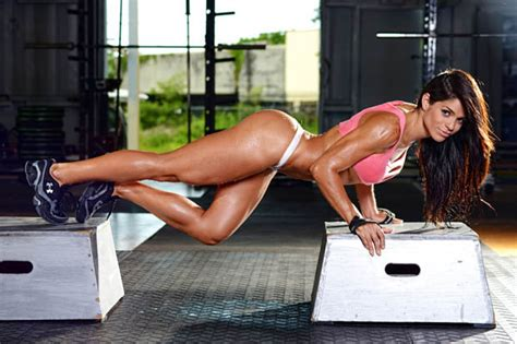 imagenes fitness en femenino michelle lewin looked like a completely different person