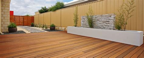 guide  weatherproofing  external woodwork