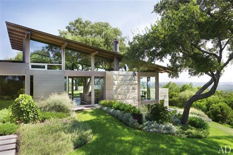 modern hillside house plans a hillside home in austin texas becomes a coveted