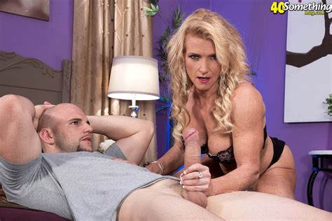 Muscle Milf Amanda Verhooks Fucking Huge Dick Cougar Porn Pics