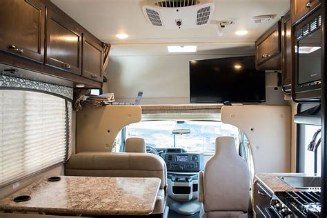 2018 thor motor coach chateau motor home class c rental in