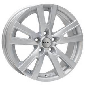 Canadian Tire Trailer Wheels Ctx Replica Trek Wheel In Silver Canadian Tire